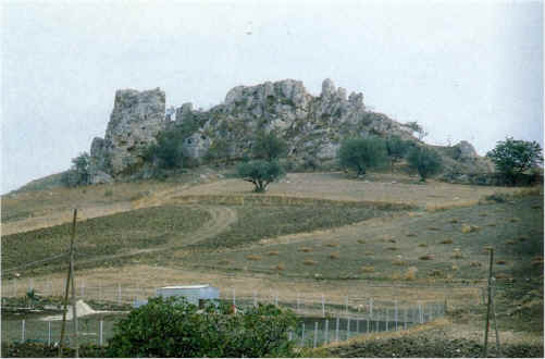 MountainSerraDelFalcone.jpg (75063 bytes)